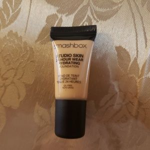 Smash box foundation